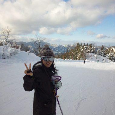 新生ホームサービススノーボードクラブが噂の長野県タングラム斑尾スキーサーカスに行ってきました!