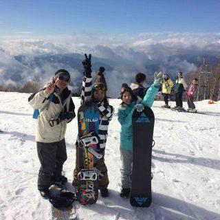 山の上で記念撮影