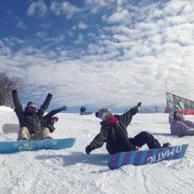 新生ホームサービスのスノーボーダーが評判の良いゲレンデで初活動!
