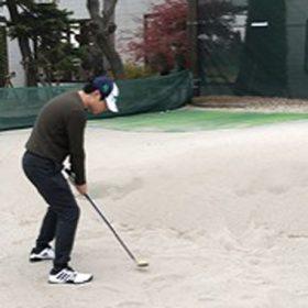 ゴルフ部評判の師弟コンビで練習を行いました